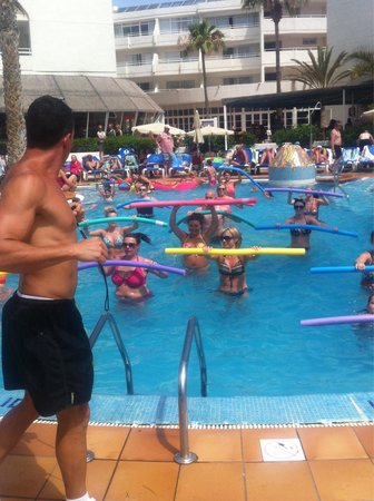 Sol Lanzarote: Amazing aquagym and JK!