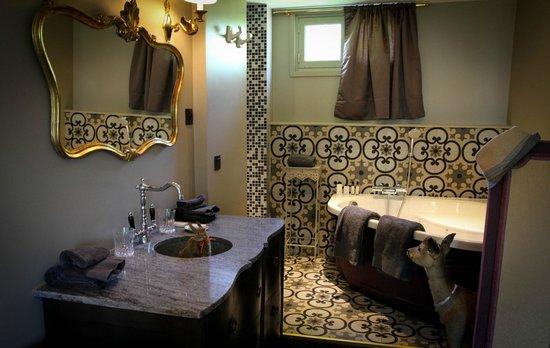 les biches bewertungen fotos preisvergleich barbizon. Black Bedroom Furniture Sets. Home Design Ideas