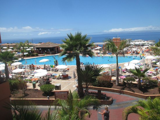Be Live Family Costa los Gigantes: Piscina