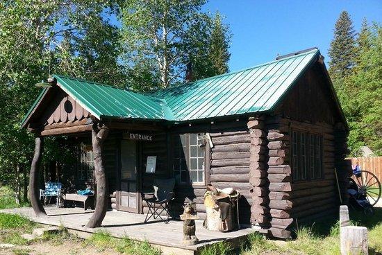 The Resort at Louis Lake: Office
