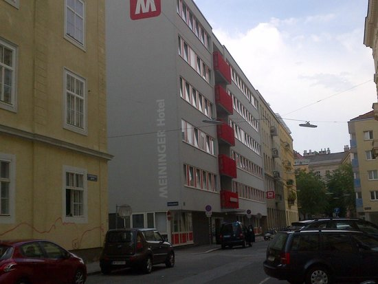 MEININGER Hotel Wien Downtown Sissi: la facciata dell'hotel