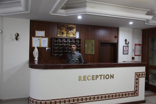 Hotel Ave Maria: resepsiyon