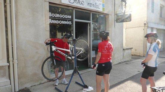 Bourgogne Randonnées : Great bikes in Beaune, France
