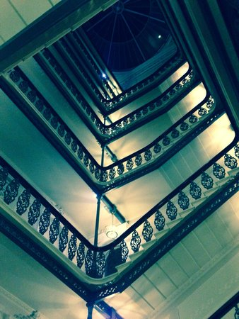 The Grand Brighton: Lovely staircase