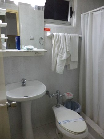 Hotel Deauville: Санузел