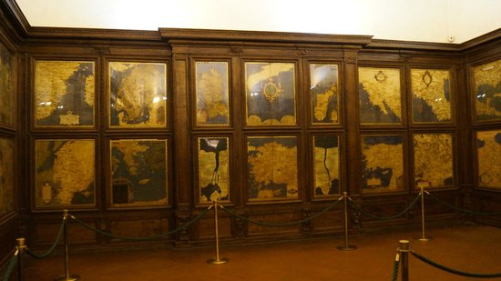 Palazzo Vecchio: salle des cartes