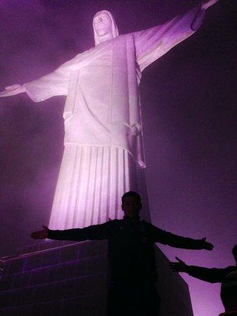 Estatua de Cristo el Redentor: Его свет просвещает нашу тьму!!!