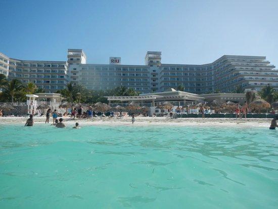Hotel Riu Caribe : Beach