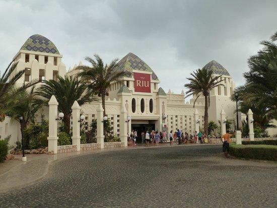 Clubhotel Riu Karamboa : Front of hotel
