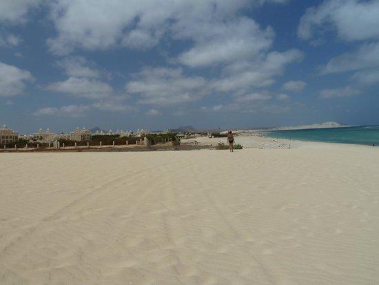 Hotel Riu Karamboa: Hotel from the beach