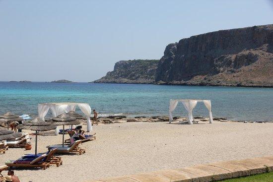 Mitsis Lindos Memories Resort & Spa: Vista mare a destra
