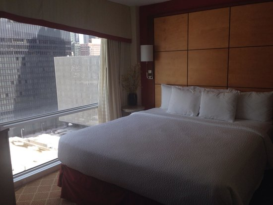 Residence Inn Chicago Downtown/Magnificent Mile : Our room!