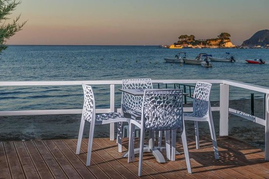 Vezalis Beach Bar Restaurant