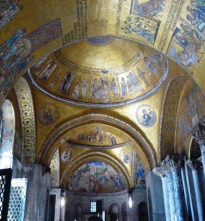Basílica de San Marcos: Золотая мозаика