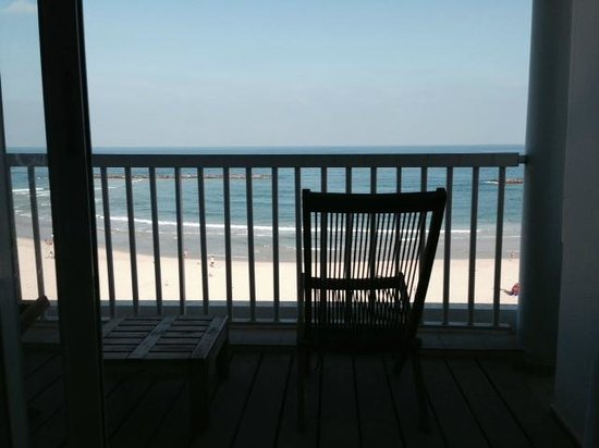 Sea Executive Suites: Ocean front studio deluxe room view