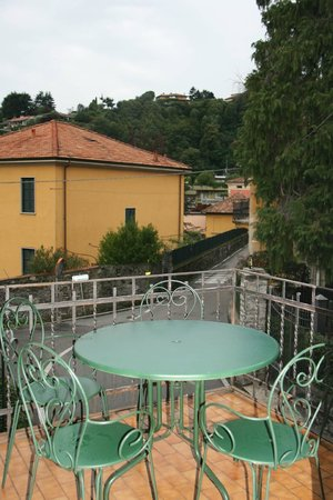 Albergo Trattoria La Vignetta : Private little balcony
