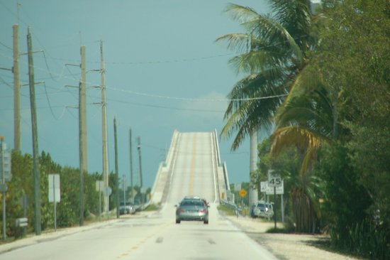 The Overseas Highway: Card Sound Road heading south into the keys