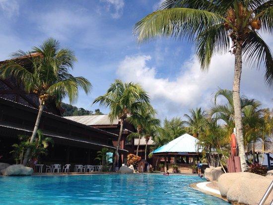 Berjaya Tioman Resort - Malaysia : Бассейн на территории отеля