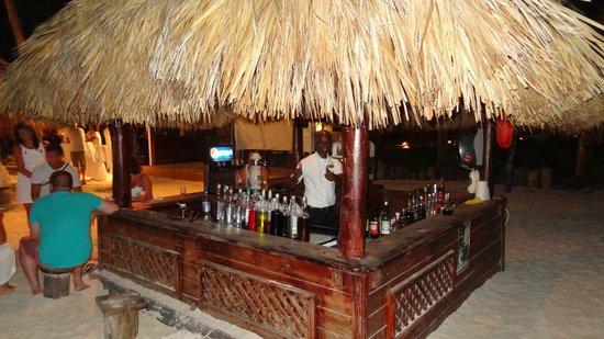 Occidental Grand Punta Cana: Bar plage Kappa Club