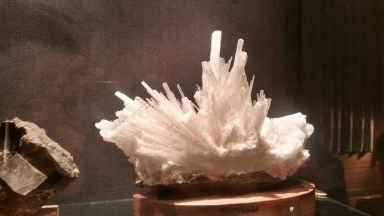 Gargoti Mineral Museum: crystals