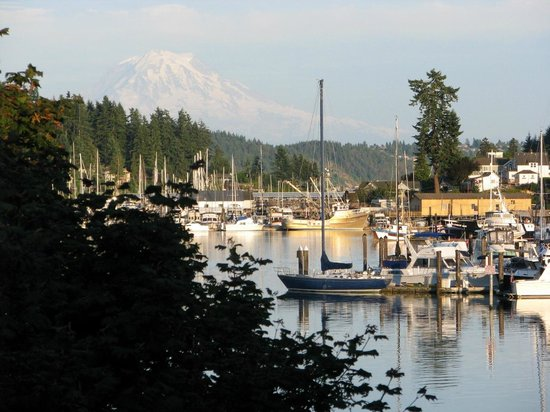Anthony S Homeport Gig Harbor Mt Rainier On A Perfect Day