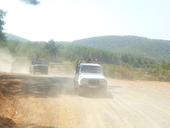Semenanjung Bodrum, Turki: some 4X4 power