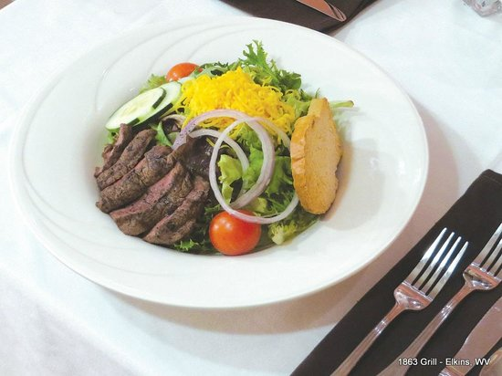 1863 Grill: Steak Salad