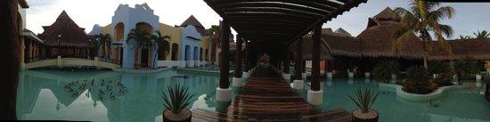 IBEROSTAR Paraiso Del Mar: Entrance