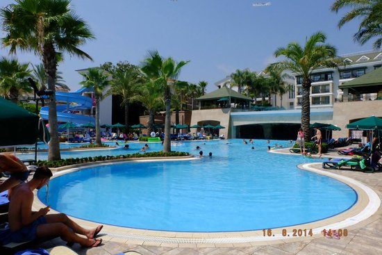 Alva Donna Beach Resort Comfort: pool area