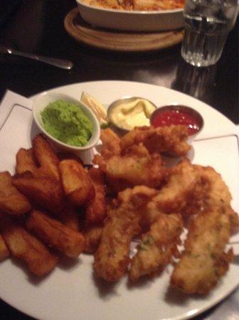Cafe De Paris : Fish and chips