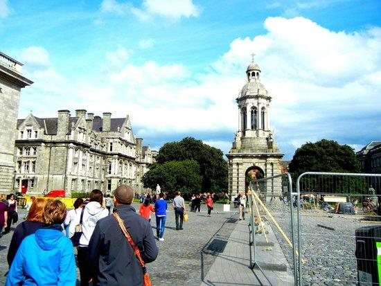 SANDEMANs NEW Dublin Tours: Trinity College