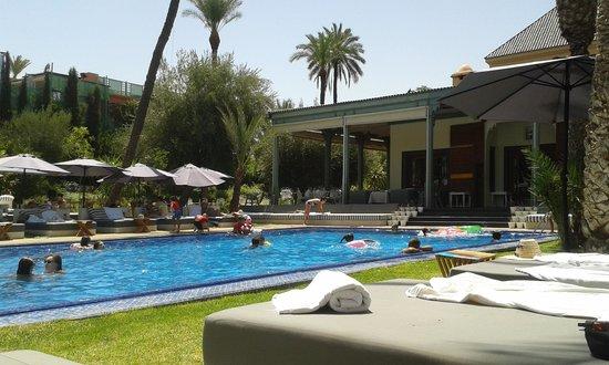 poolside les jardins marrakech picture of jardin d 39 ines marrakech tripadvisor. Black Bedroom Furniture Sets. Home Design Ideas