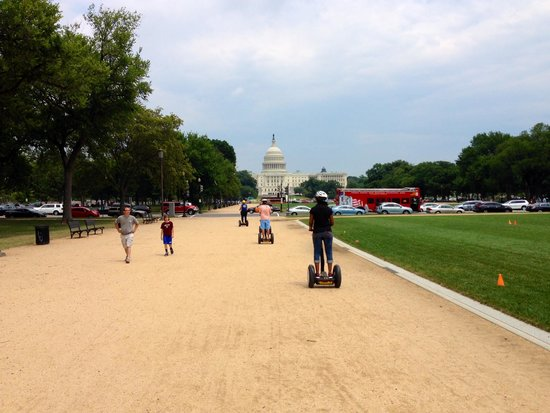 Bike and Roll DC: On our way to the Capitol