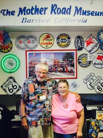 Route 66 Mother Road Museum: Owners Bill and his wife- almost reason alone to visit this shop and museum!