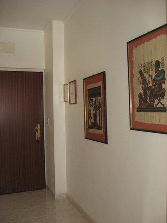 Hotel Principe : Коридор