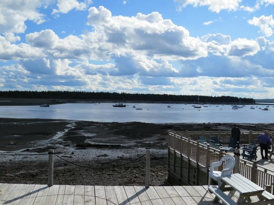 Seaside Beach Resort: View from the deck outside the Eastwind room