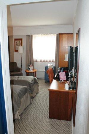 Scandic Bergen City : vista desde la entrada de la habitacion
