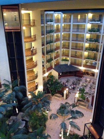 Embassy Suites by Hilton Arcadia Pasadena Area: No change for long years