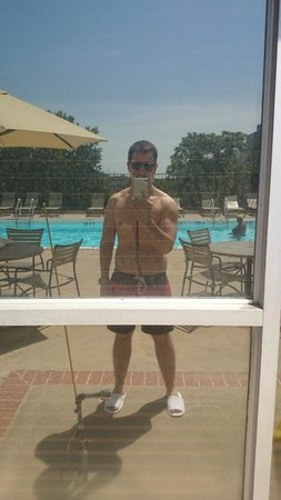 The Pool Picture Of Hilton Garden Inn Reagan National Airport Hotel Arlington Tripadvisor