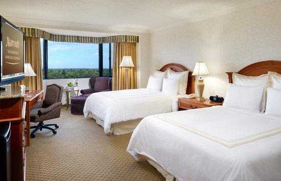 Sacramento Marriott Rancho Cordova: Standard 2 Queens Guest Room