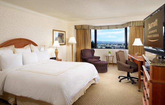 Sacramento Marriott Rancho Cordova: Standard King Guest Room