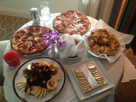 The Venetian Las Vegas: In-room Dining