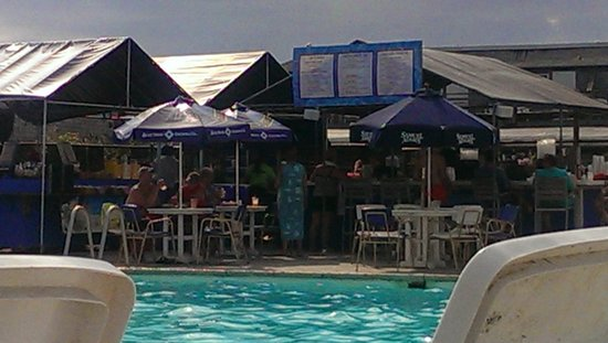 Provincetown Inn Resort & Conference Center: Pool and Bar area