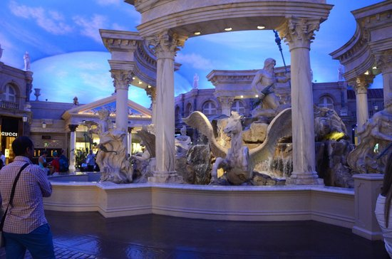 Caesars Palace : In the beautiful Forum Shops
