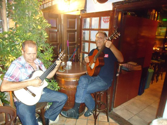Tapasbar La Costa: Live music bij La Costa, dubbel genieten!