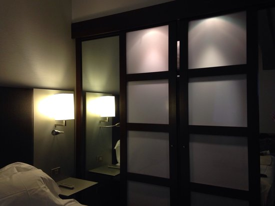AC Hotel Torino: Closet