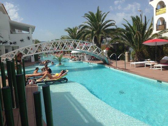 Ushuaia Ibiza Beach Hotel : Piscina tío , habitación swim up