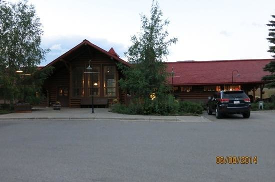 Lake Louise Station Restaurant : beautiful setting