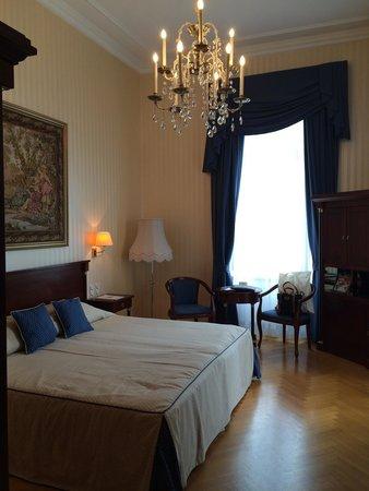 Hotel Ambassador : Room 207