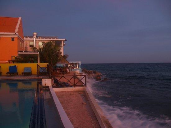 Scuba Lodge & Suites: scuba lodge